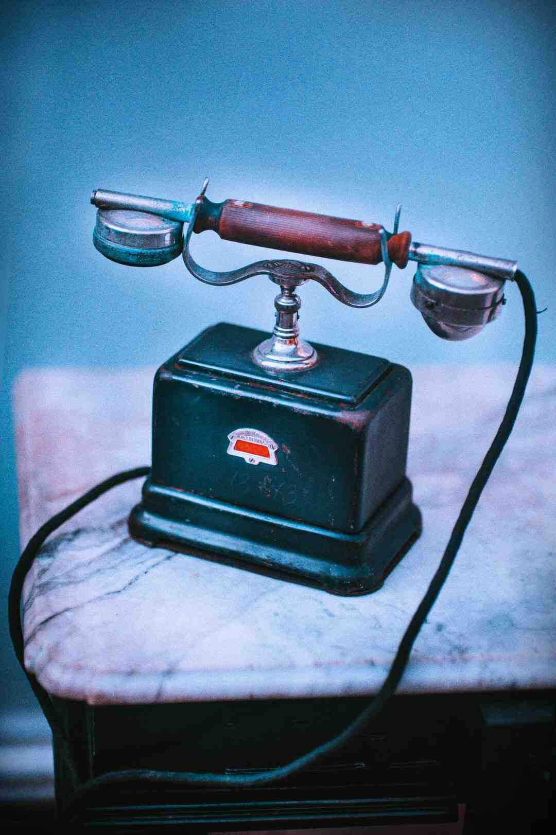 How do you set up a landline phone?