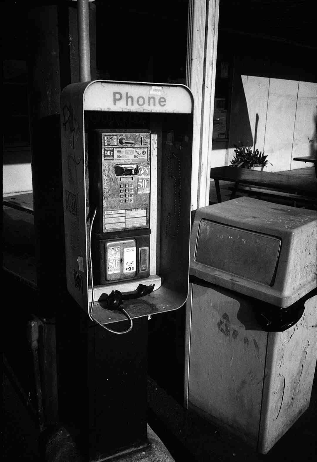 How to use landline phone