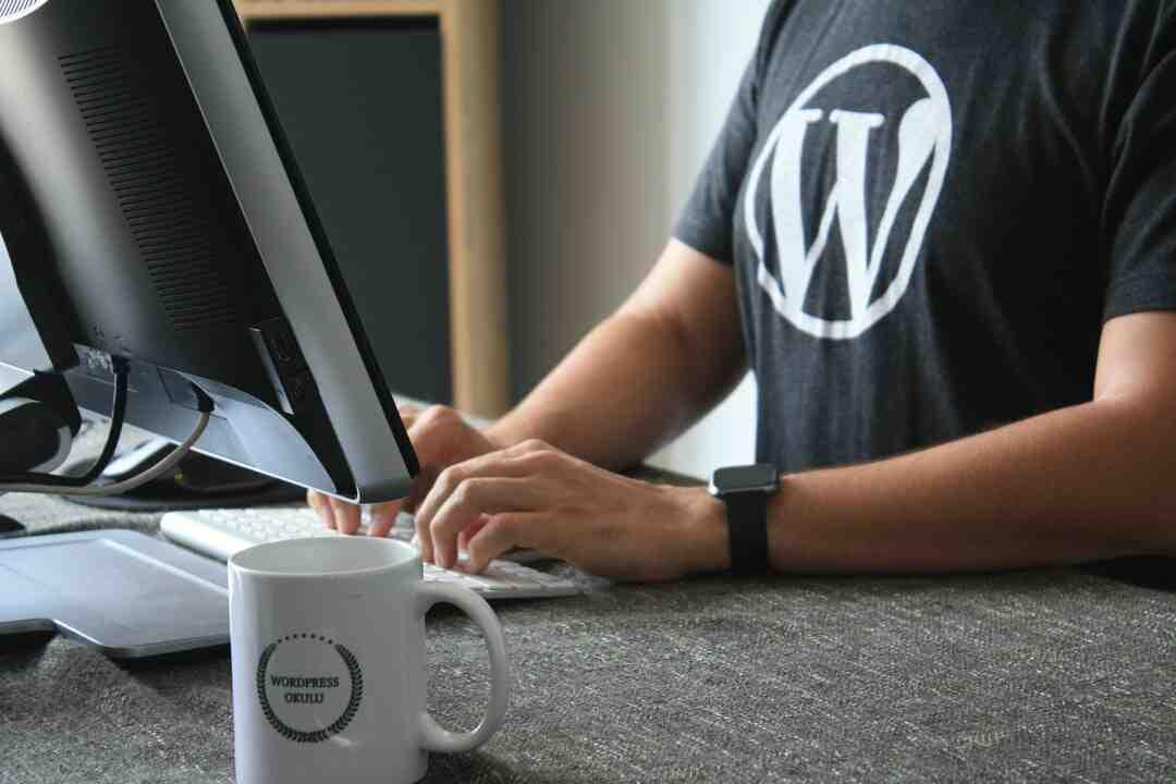 What happens if I follow a blog?